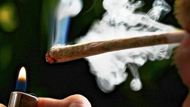 15.000 Joints werden alleine in Graz jeden Tag geraucht. Cannabis ist die mit Abstand häufigste Droge. (Bild: Copyright 2019 The Associated Press. All rights reserved.)