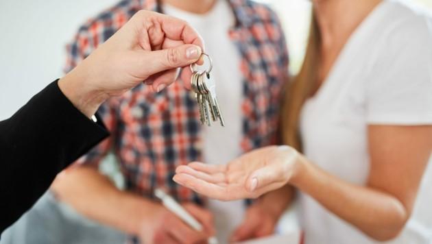 Eine Kombination aus vernünftigen Dichten und weniger Sonderauflagen sind das Grundgerüst für leistbaren Wohnraum. (Bild: ©Robert Kneschke - stock.adobe.com)