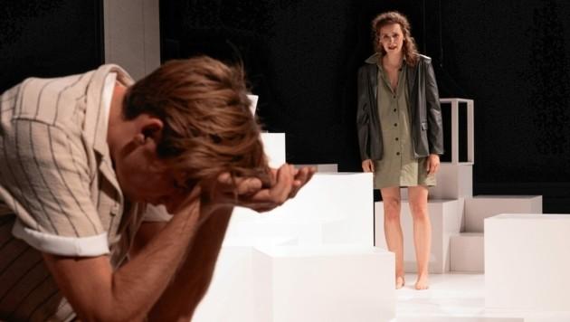 """Frieder Langenberger und Daria von Loewenich in """"Die Laborantin"""" am Grazer Schauspielhaus (Bild: Lex-Karelly)"""