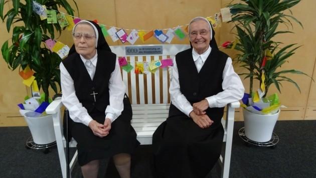 Schwester Paula und Schwester Thekla bei ihrem Abschied. (Bild: rknms Neusiedl)