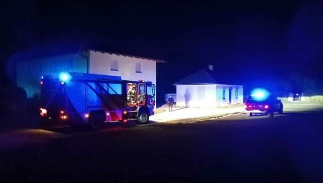 Um 2.34 Uhr wurde die Feuerwehr Ferlach durch die Landesalarm- und Warnzentrale alarmiert. (Bild: Feuerwehr Ferlach)