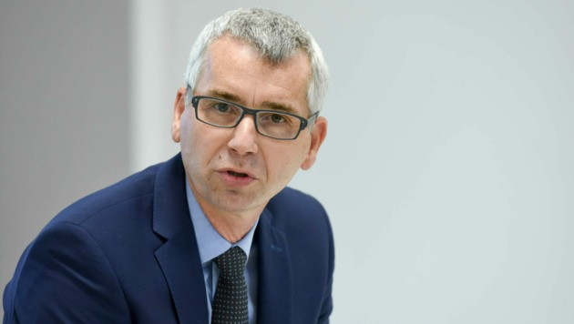 TGW-Geschäftsführer Harald Schröpf ist Chef von rund 3800 Mitarbeitern, bis Juni 2022 sollen 850 dazu kommen. (Bild: Markus Wenzel)