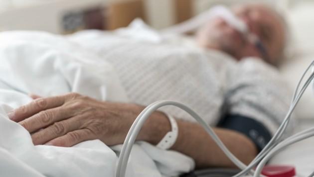 Am Donnerstag wurden 47 Covid-Patienten in Salzburg behandelt, elf davon auf einer Intensivstation. (Bild: Brenek Malena)