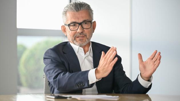 Herbert Eibensteiner will die Wasserstoff-Anlage in Betrieb lassen und weiter lernen. (Bild: Alexander Schwarzl)