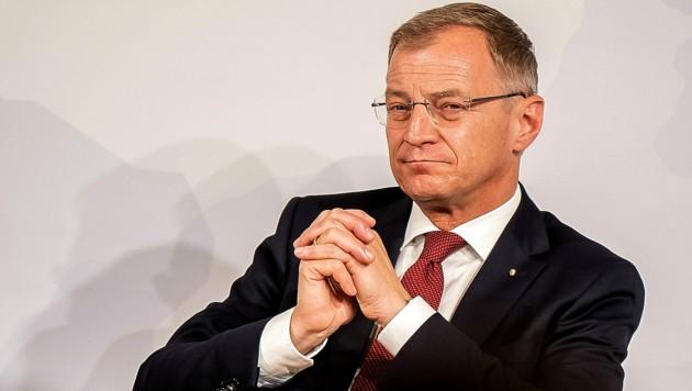 OÖ-Landeshauptmann Thomas Stelzer beobachtet die Verhandlungen über die türkis-grüne Öko-Steuerreform ganz genau. (Bild: FOTOKERSCHI.AT/KERSCHBAUMMAYR)