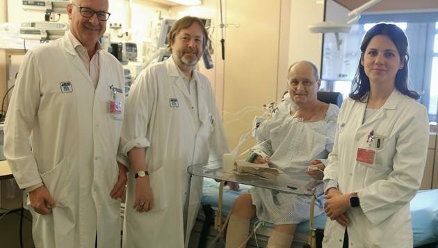 Professor Dr. Günther Laufer vom Wiener AKH (li.) rangiert mit seinem Team weltweit unter den besten Herzchirurgien. (Bild: Bartel Gerhard)