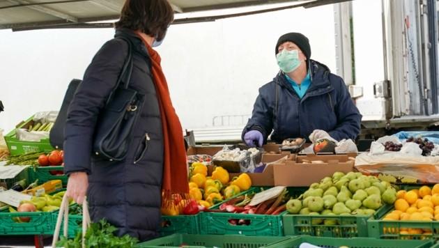 Wer es gerne bunt und gesund hat, kauft direkt beim Bauern (Bild: Scharinger Daniel)