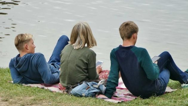 Eine große Ängste der Jugend: Dass es wieder zu Lockdown oder Ausgangssperren kommt (Bild: www.viennareport.at)
