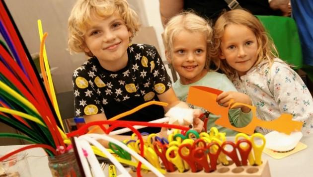 Buntes Kinderprogramm: Das Museum Moderner Kunst Kärnten bietet eine Kreativwerkstatt. (Bild: Rojsek-Wiedergut Uta)