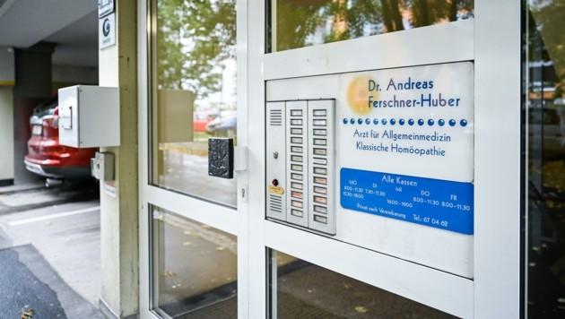 Der Hausarzt bleibt den Leondingern ein weiteres Jahr erhalten (Bild: Alexander Schwarzl)