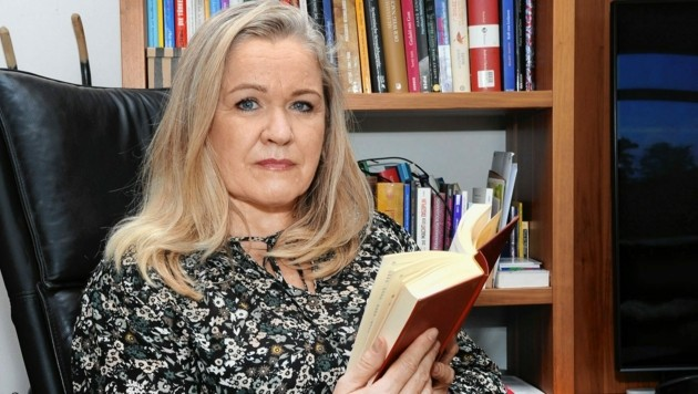 Die ehemalige SPÖ-Gemeinderätin Sona Strummer aus Krems hat einen immer größer werdenden Gehirntumor - ihre Operation musste bereits mehrmals verschoben werden. (Bild: Franz Crepaz)