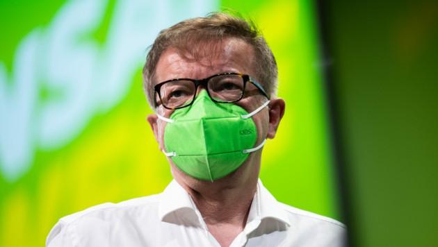 Der ehemalige Gesundheitsminister Rudolf Anschober beim Bundeskongress der Grünen im Juni in Linz (Bild: FOTOKERSCHI.AT/WERNER KERSCHBAUM)