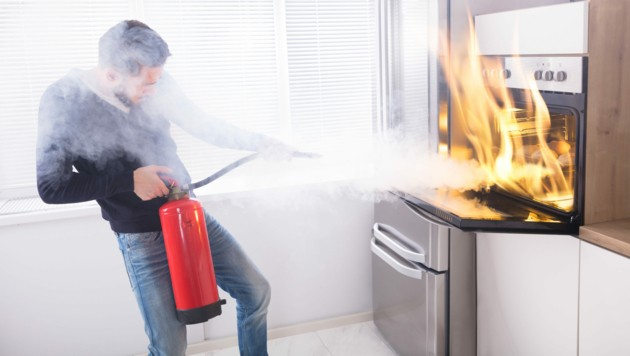 Zu Verbrennungen kommt es öfter, als man denkt. (Bild: Andrey Popov/stock.adobe.com)
