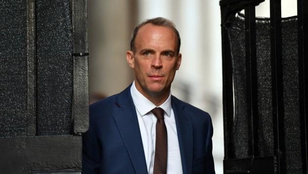 Der britische Justizminister hat einen eher ungewöhnlichen Vorschlag, das Lieferkettenproblem im Vereinigten Königreich zu lösen. (Bild: AFP/Justin TALLIS)