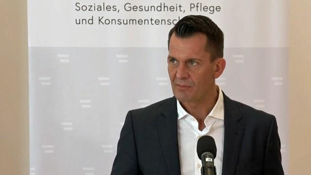 """Gesundheitsminister Wolfgang Mückstein betonte einmal mehr: """"Die Impfung wirkt."""" (Bild: facebook.com/wolfgangmueckstein)"""