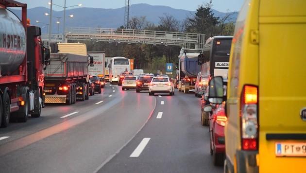 Deutlich sicherer und ruhiger soll die A21 in Zukunft werden. (Bild: Huber Patrick)