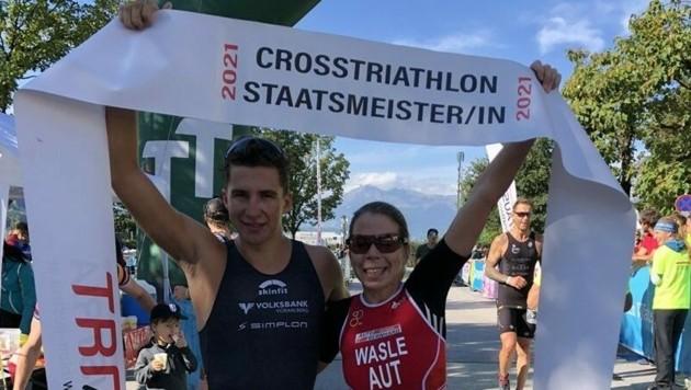 Die österreichischen Cross-Triathlon-Staatsmeister 2021: Moritz Meier (li.) und Carina Wasle. (Bild: ÖTRV)