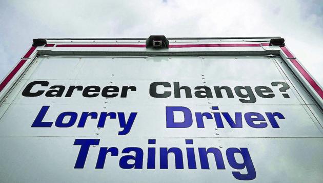 In Großbritannien werden verzweifelt Lkw-Fahrer gesucht. (Bild: AFP or licensors)