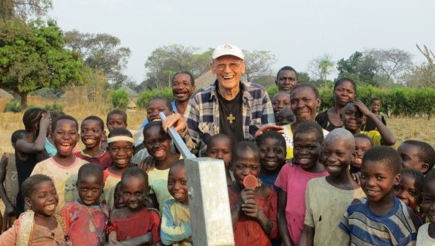 Kiesling war vielleicht auf seinem letzten Heimatbesuch. Jetzt hilft er wieder! (Bild: Salesianer/Wolfgang Zarl)
