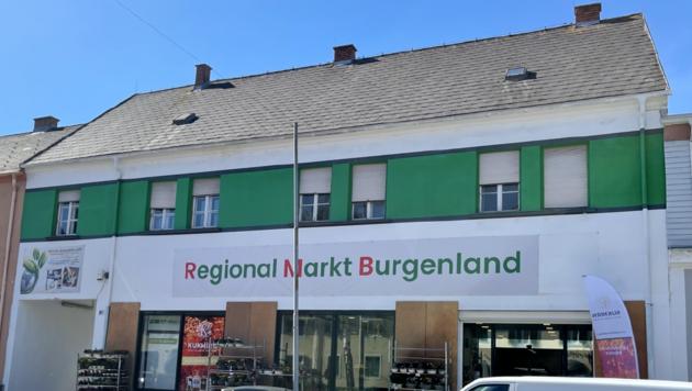Am 1. und 2. Oktober fand die Eröffnung des Regional Markts Burgenland in Oberwart statt. Seither können Kunden im Laden heimische Lebensmittel, aber auch andere Produkte kaufen. (Bild: Christian Schulter)