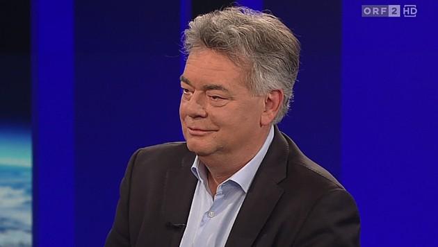"""Vizekanzler Werner Kogler in der """"ZiB 2"""" des ORF (Bild: ORF)"""