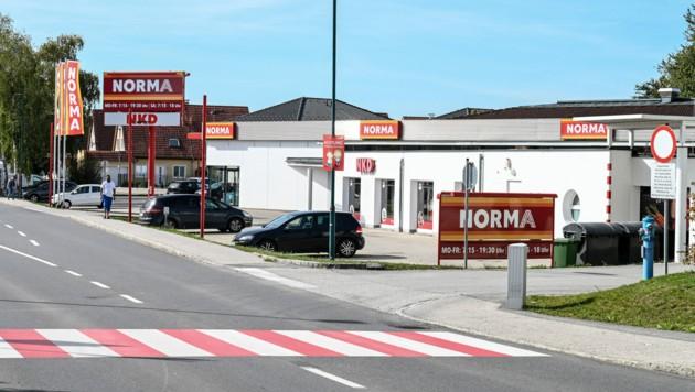 Mörder Jürgen H. und ein Ex-Mithäftling (22) sollen den Coup auf die Norma-Filiale in Stadl-Paura gemeinsam verübt haben. (Bild: Markus Wenzel)