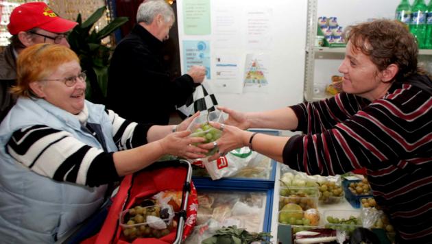 Seit mehr als zehn Jahren steht die Pannonische Tafel armutsgefährdeten Burgenländern zur Seite. Obfrau Andrea Roschek nimmt seit der Pandemie einen deutlichen Anstieg bei der Nachfrage wahr. (Bild: Reinhard Judt)