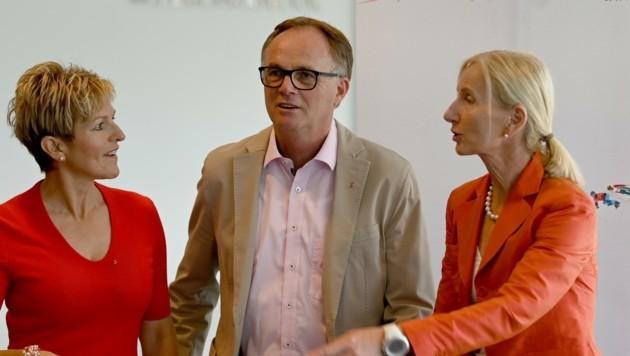 Karl Schmidhofer trat nach 100 Tagen zurück, Roswitha Stadlober (re.) übernahm vorerst. Auch Kärntens Präsidentin und ÖSV-Vize Claudia Strobl-Traninger (li.) wird nach Salzburg kommen. (Bild: BARBARA GINDL)