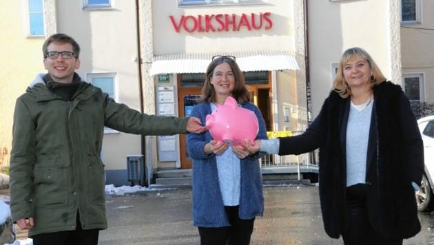 Robert Krotzer, Elke Kahr, Claudia Klimt-Weithaler (KPÖ) (Bild: Christian Jauschowetz)