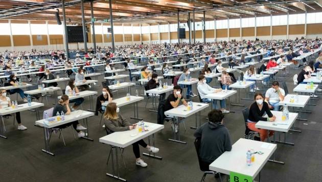 Viele Maturanten wollen gerne Medizin studieren. Und dürfen es dann aber in Österreich nicht ... (Bild: Einöder Horst)