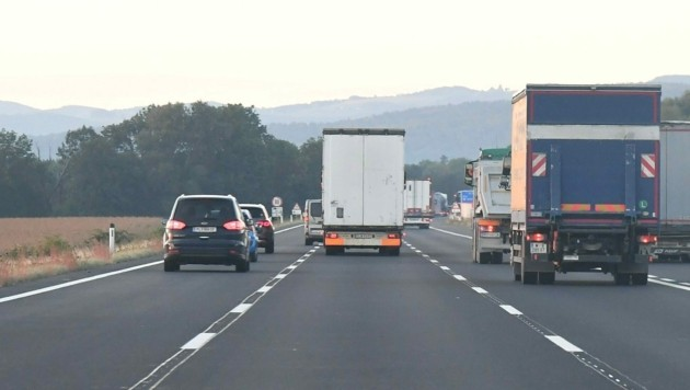 Der Lkw-Verkehr hat im Burgenland drastisch zugenommen. (Bild: Huber Patrick)