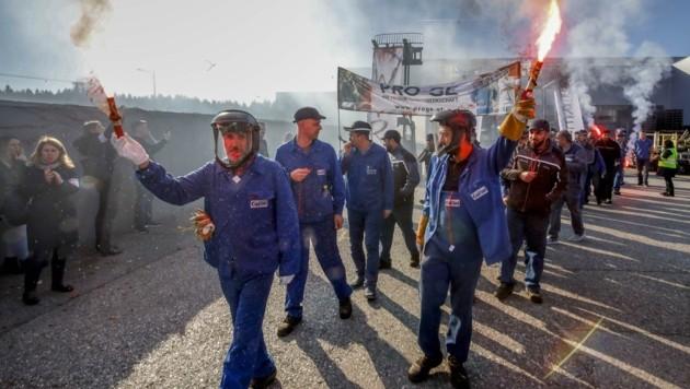 Metaller beim Protest (Bild: Tschepp Markus)