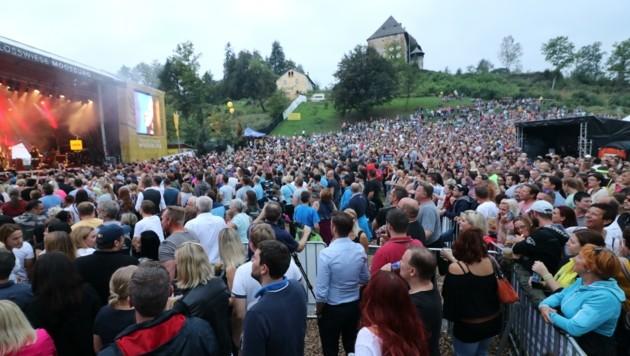 Die Moosburger Schlosswiese wird wieder Konzert-Mekka (Bild: Krierer Wilfried/Kronenzeitung)