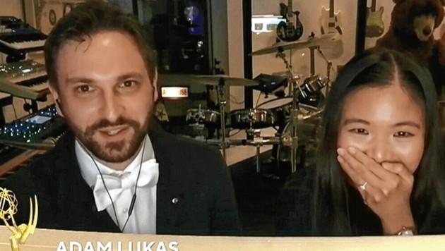 """The Emmy goes to Adam Lukas and Denise Santos!"" (Bild: Internet/Lukas)"