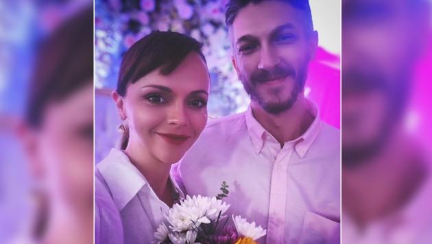 Christina Ricci bestätigte ihre Hochzeit mit Mark Hampton auf Instagram. (Bild: instagram.com/riccigrams)