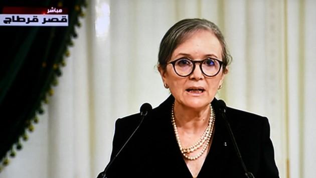 Najla Bouden ist die neue Regierungschefin Tunesiens - Sie ist die erste Frau in dem Amt. (Bild: APA/AFP/FETHI BELAID)