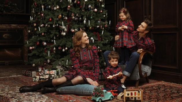 Festliche Mode hat Lena Hoschek jetzt für die gesamte Familie entworfen. (Bild: Lena Hoschek/LippZahnschirm & Daniel Kindler)