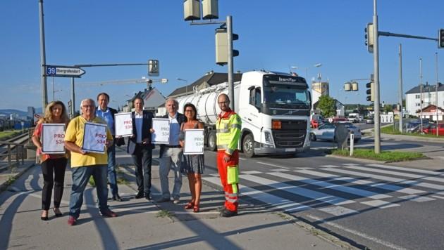 """Die Befürworter der Traisental-Schnellstraße """"Pro S34"""" planen erneute Straßensperre. (Bild: zVg)"""