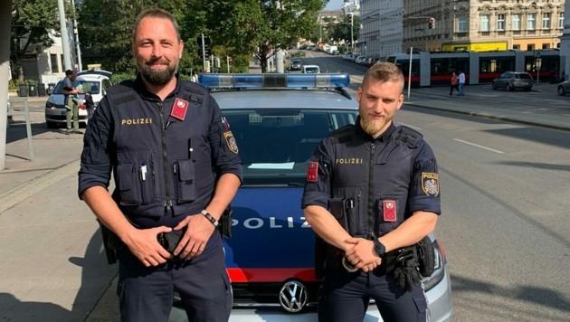 Die beiden Lebensretter der Polizei Wien, Rene K. und Felix J. (Bild: LPD Wien)