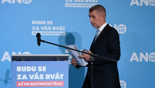 Die Partei ANO des aktuellen tschechischen Regierungschefs Andrej kündigte den Gang in die Opposition an. (Bild: APA/AFP/JOE KLAMAR)