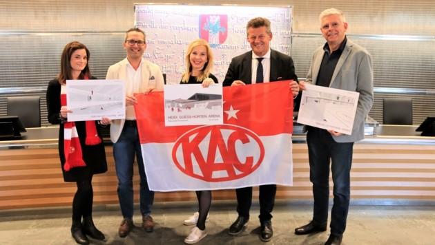 Die Mitglieder des Stadtsenats präsentierten die Pläne für den Umbau der KAC-Halle. (Bild: Stadtkommunikation Rosenzopf)