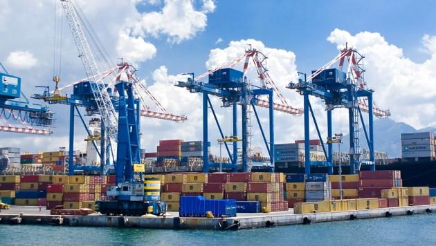Auch im Hafen von Neapel drohen Blockaden. (Bild: stock.adobe.com)