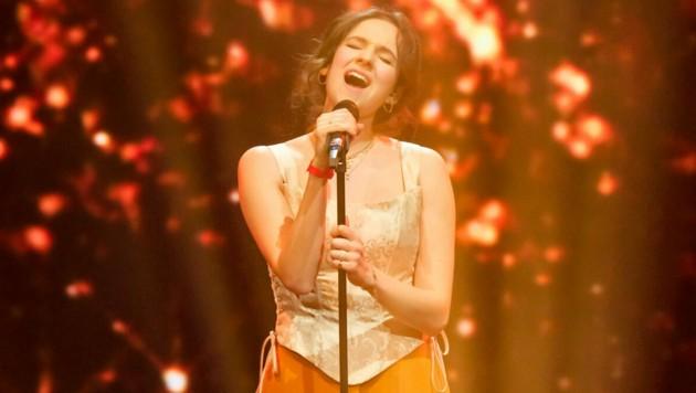"""Caroline Hat trat bei """"Starmania 21"""" mit """"Run"""" von Leona Lewis auf. Nun möchte sie mit eigenen Songs ihre Karriere vorantreiben. (Bild: Hans Leitner/ORF)"""