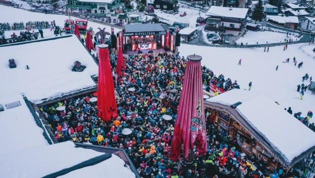 Auch der Skicircus Saalbach-Hinterglemm war bisher bekannt für Skiopenings und Großveranstaltungen, wie etwa die DJ Ötzi-Gipfeltour 2020. Heuer dürfte die Saison ruhiger sein. (Bild: EXPA/ JFK)
