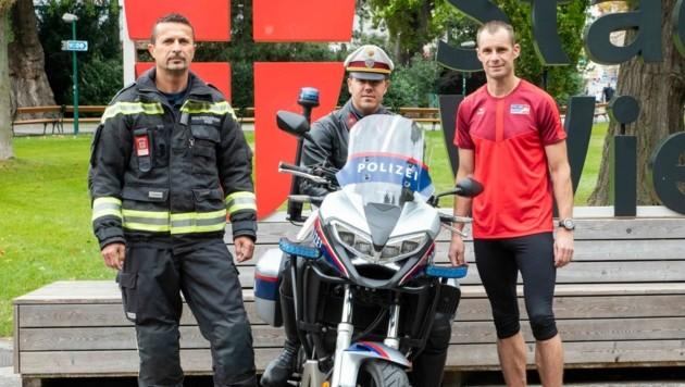 Berufsfeuerwehrmann Josef R., Revierinspektor Marco P. und Polizei-Sportler Stefan W. (Bild: LPD Wien)