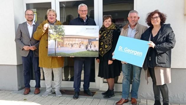 Bezirksvorsteherin, Bürgermeister und Planer stellen das Projekt vor (Bild: Christoph Bathelt)