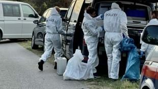 In Siegendorf (Bgld.) wurden die Leichen zweier Flüchtlinge entdeckt - die Fahndung nach den Schleppern läuft. (Bild: Christian Schulter)