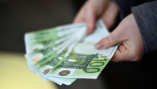Die Gier nach Geldvermehrung durch Super-Zinsen machte Anleger blind. (Bild: Markus Wenzel)