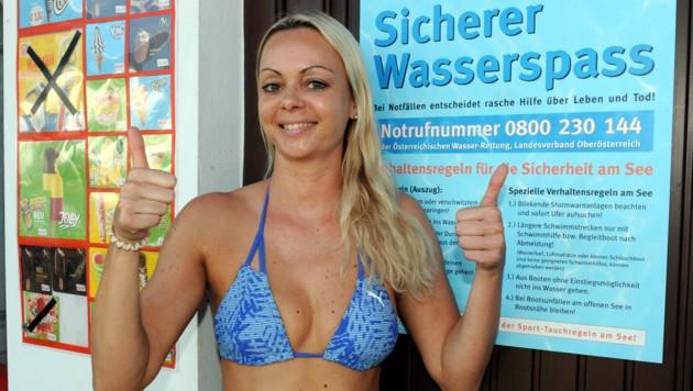 Lebensretterin Sandra Grünwald (32) ist im Wasser ganz in ihrem Element (Bild: Klemens Fellner)