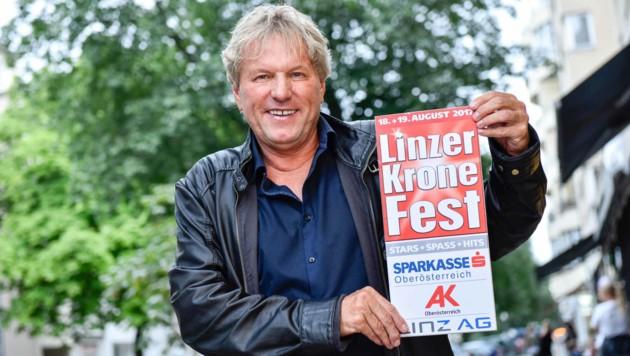 """Schlagesänger Bernhard Brink vorm Linzer """"Krone""""-Fest (18. 19. August) im Interview. (Bild: Markus Wenzel)"""